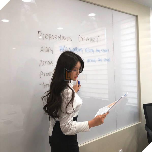 Sarah Kim - Cô giáo dạy tiếng Anh nóng bỏng nhất Hàn Quốc - Ảnh 2.