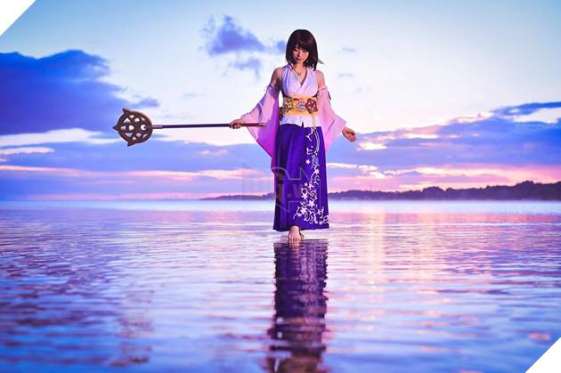 Choáng ngợp với bản cosplay Yuna cùng điệu nhảy trên mặt nước huyền thoại Final Fantasy 6