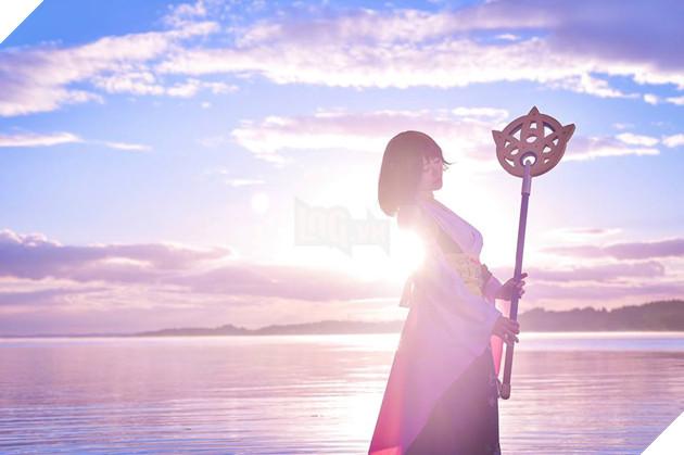 Choáng ngợp với bản cosplay Yuna cùng điệu nhảy trên mặt nước huyền thoại Final Fantasy 5