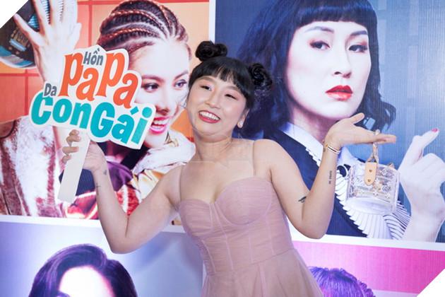 Thái Hòa và Kaity Nguyễn đẹp rạng ngời nhân dịp ra mắt Hop Báo Hồn Papa da con gái  7