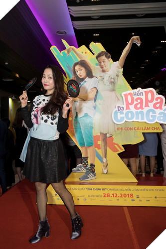 Thái Hòa và Kaity Nguyễn đẹp rạng ngời nhân dịp ra mắt Hop Báo Hồn Papa da con gái  28