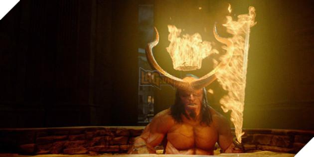 16 điều thí vị chỉ fan cuồng mới có thể soi ra trong trailer Hellboy 2019 - Ảnh 20.
