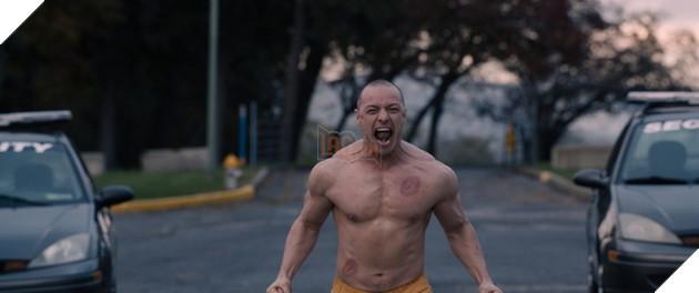 Review phim Glass - Bộ Ba Quái Nhân: Bộ phim siêu anh hùng mới lạ nhưng nhồi nhét quá nhiều Plot Twist không cần thiết 6