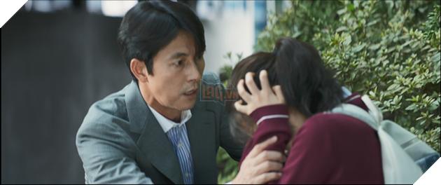Chứng nhân Hoàn hảo tung poster và trailer chính thức, ấn định ngày công chiếu 6