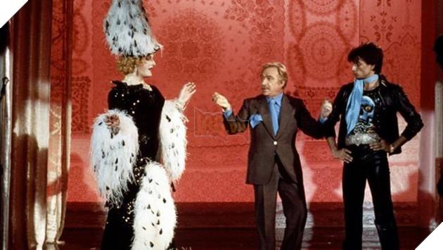 Tái hiện vở kịch Ngôi nhà Bươm bướm cùng dàn diễn viên nặng đô