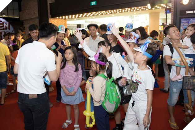 Siêu mẫu Thúy Hạnh, Huỳnh Đông - Ái Châu cùng các con khám phá Wonder Park  13