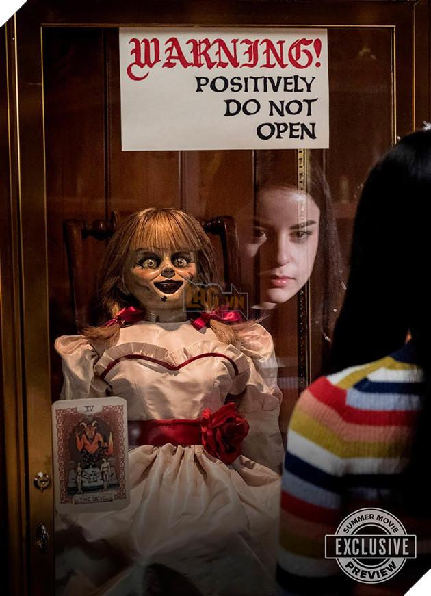 Sự thật đằng sau búp bê ma ám Annabelle 2