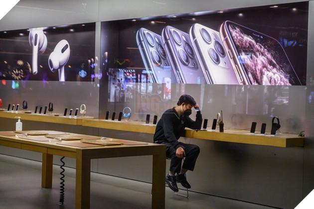 """Kết quả hình ảnh cho Cty Apple đóng 42 cửa tiệm ở TQ."""""""