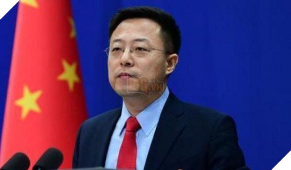Phát ngôn viên bộ ngoại giao Trung Quốc bị phát hiện theo dõi nữ diễn viên JAV Aoi Sora 2