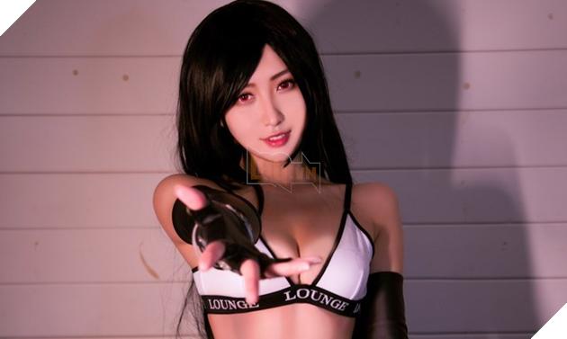 Vừa ra mắt, nàng Tifa của Final Fantasy VII Remake đã khiến fan bỏng mắt với sự biến thân cực gợi cảm - Ảnh 2.