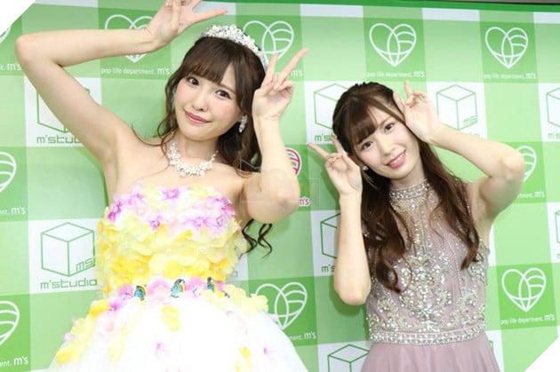 Arina Hashimoto & Akari Tsumugi, cặp bạn thân xinh đẹp nhất làng phim 18+ Nhật Bản - Ảnh 4.