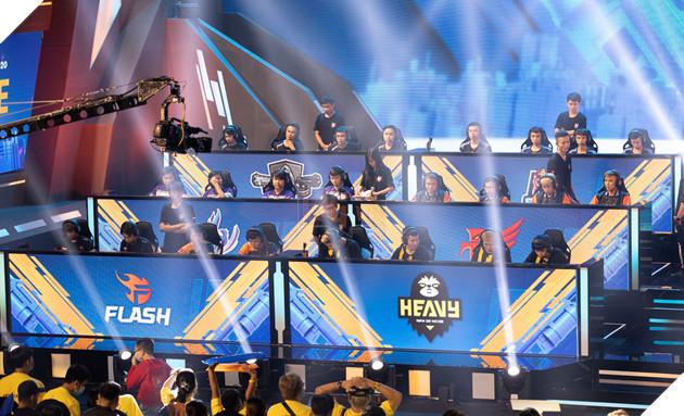 Free Fire: Heavy trở thành tân vương của Đấu trường Sinh tồn mùa đông 2020 2